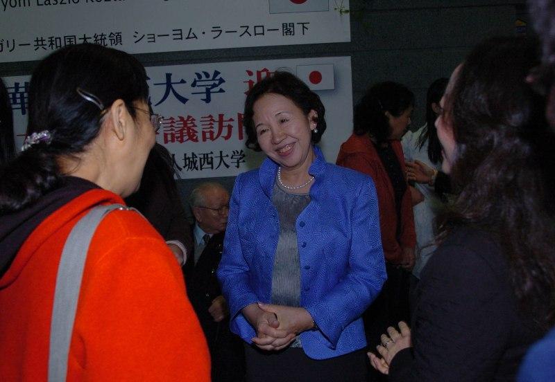 日中女性学会议在东京举行_d0027795_16431749.jpg