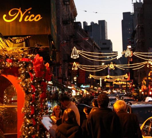 リトルイタリーのクリスマスの様子_b0007805_8521358.jpg