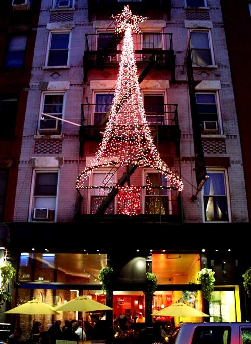 リトルイタリーのクリスマスの様子_b0007805_8524646.jpg