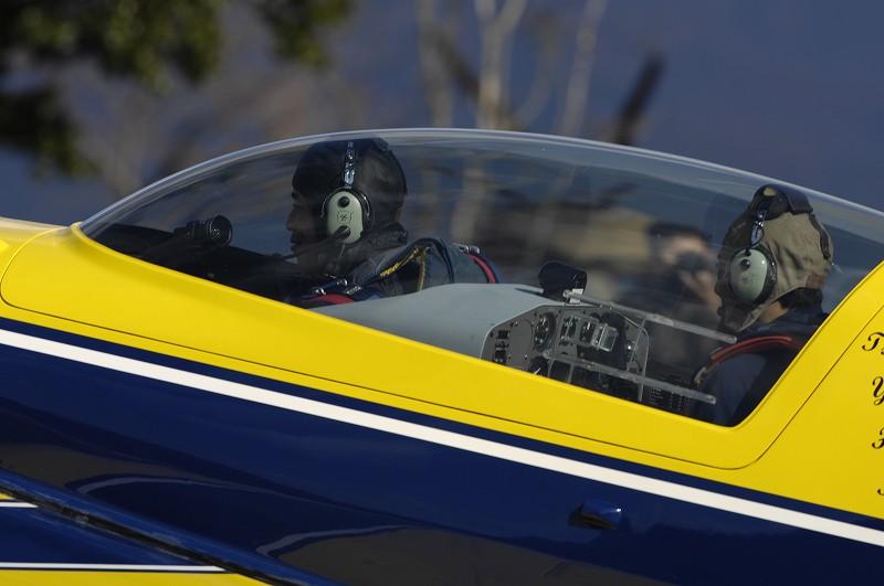 アクロバット飛行2_d0073005_0361950.jpg