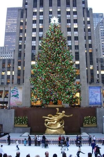 ロックフェラーのクリスマスツリー_c0064534_14551363.jpg