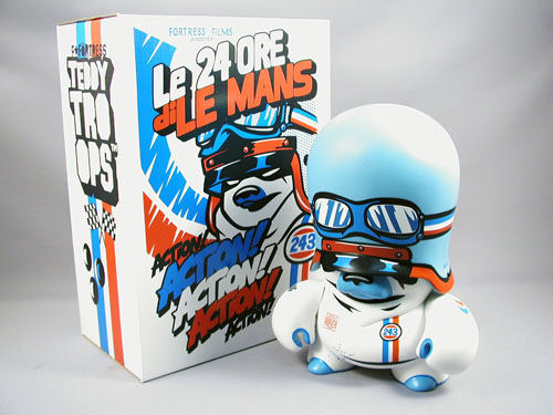 The Le Mans Teddy Troop by Flying Fortress_e0118156_2233394.jpg