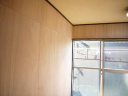 アパートドアもシートが貼れた。_f0140817_1240286.jpg