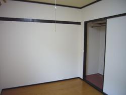 アパートドアもシートが貼れた。_f0140817_12432620.jpg