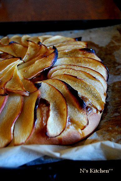 りんごのガレット _a0105872_13441732.jpg