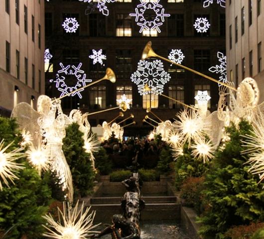ロックフェラーセンターのクリスマスツリー 2009_b0007805_4434424.jpg