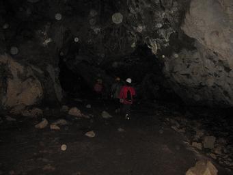 11月29日 洞窟_e0136815_9222857.jpg