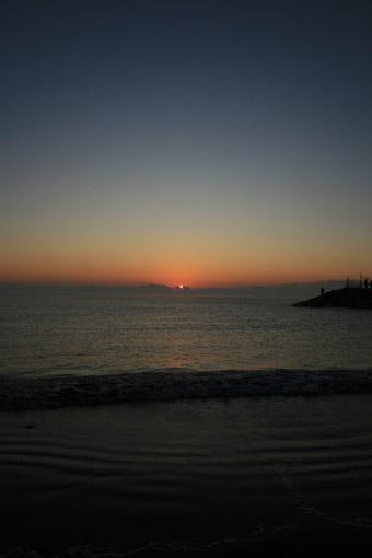 海の日の出_c0107829_9215578.jpg
