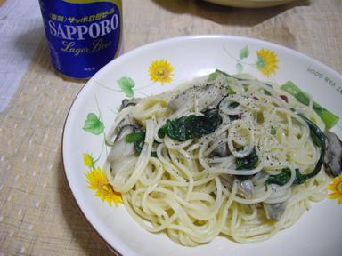 牡蠣と春菊のペペロンチーノ_d0111534_034510.jpg