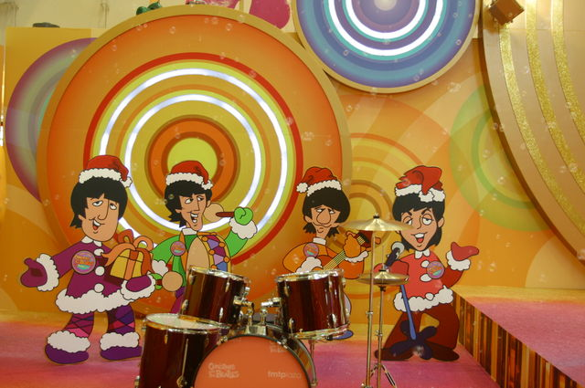 「Christmas with The BEATLES @tmtplaza」 _f0077373_0383461.jpg