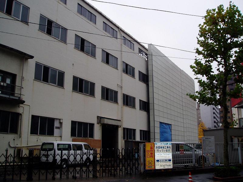 さよなら交通博物館 建物の解体状況(2)_f0030574_23422988.jpg