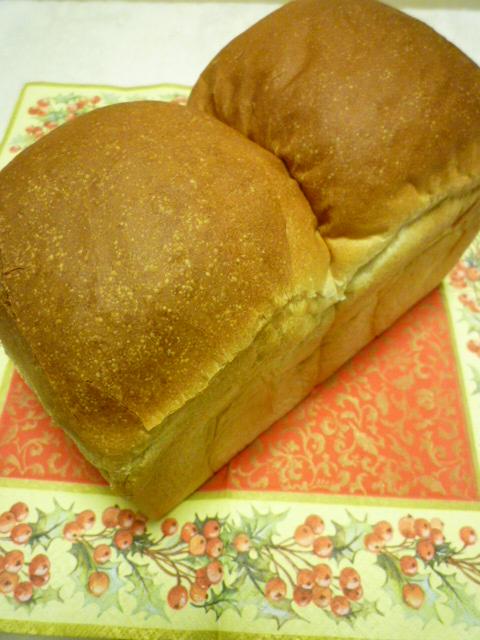 食パン焼きました_b0170162_20251090.jpg