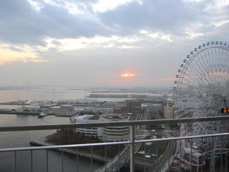 パンパシフィック横浜ベイホテル♡朝の眺め♡_f0119369_11243062.jpg