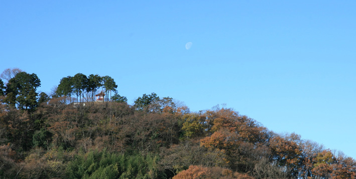 足利 浅間山と月_e0127948_19132670.jpg