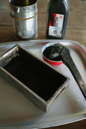 前は木材の防腐のためにバーナーで焙っていたが_e0172372_205927.jpg