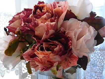 新品種のバラ♪_b0105897_22255338.jpg