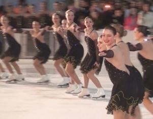ツリー点灯式でフィギュア・スケート・ショーとオペラに感動!(Youtubeビデオつき)_b0007805_1022587.jpg