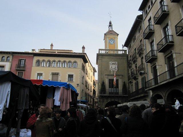 Vicの中世の市 その1  Mercado mediaval en Vic 1_b0064411_7534536.jpg