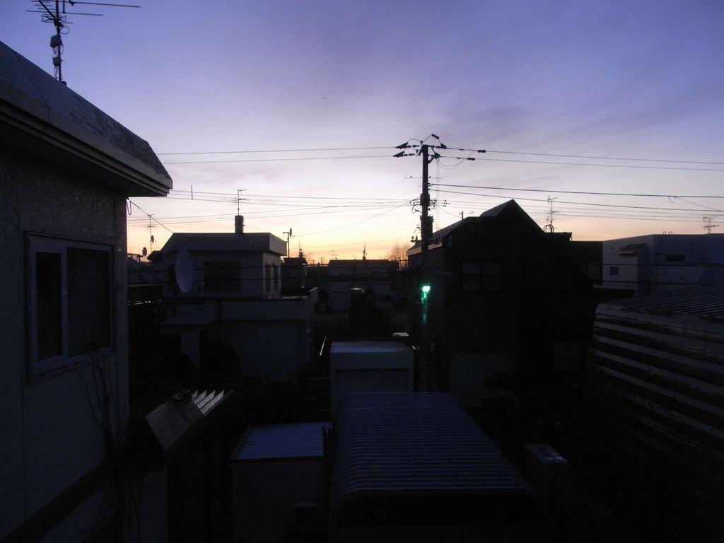 夜明け前_c0025115_2120029.jpg