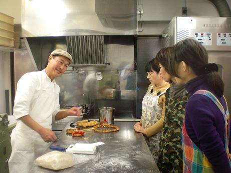 パン作り体験教室第1回開催しました_c0172969_17563152.jpg
