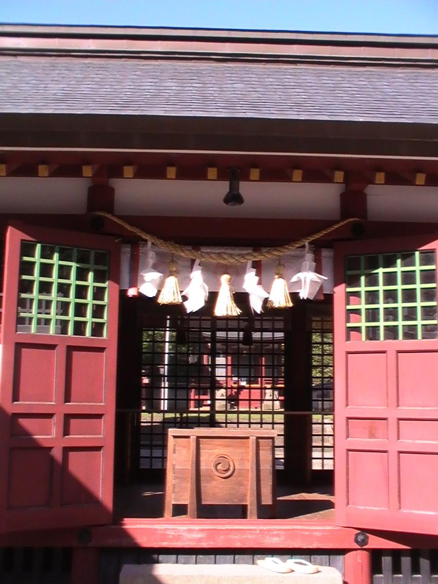 八幡巡礼 〜薦神社・三角池〜_e0074793_12255186.jpg