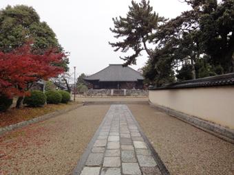 西大寺東塔の基壇_c0195909_1713748.jpg