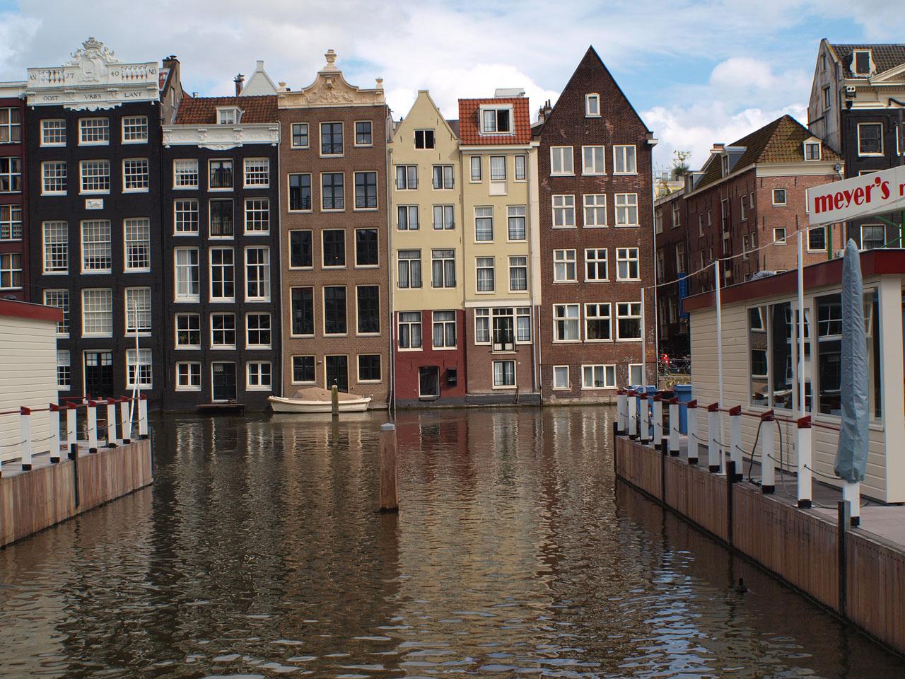 遊んでるアムステルダム_b0148617_143589.jpg