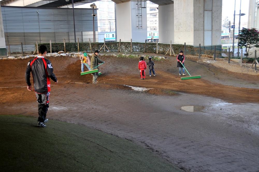 2009JOSF川口ゴリラ公園12月定期戦VOL9:コース外の風景..._b0065730_20312010.jpg