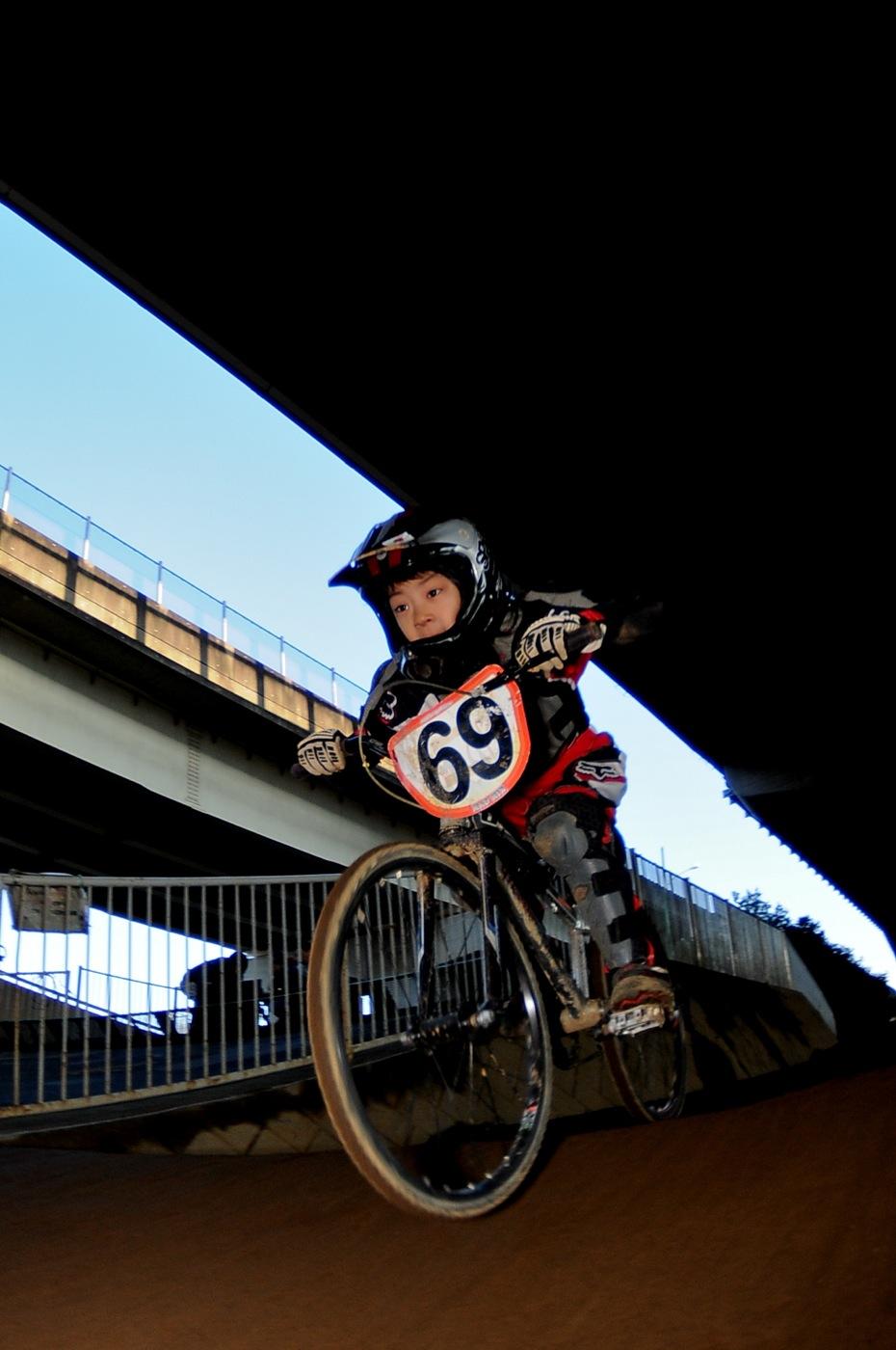 2009JOSF川口ゴリラ公園12月定期戦VOL9:コース外の風景..._b0065730_2048368.jpg