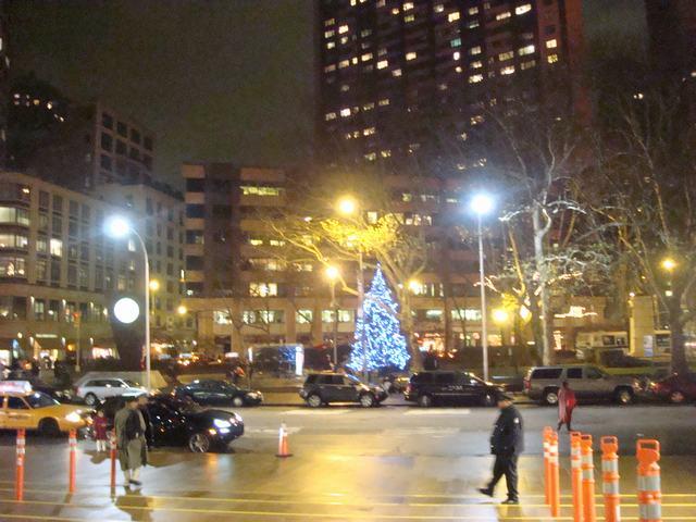 散歩はリンカーンセンターへ龍矢を観に、_d0100880_11515991.jpg