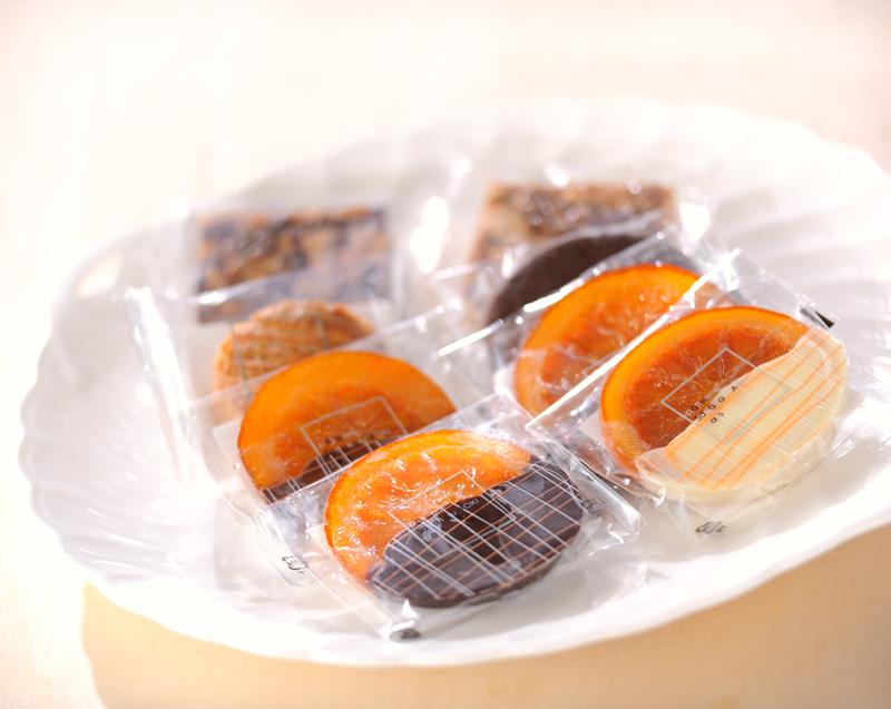 Sadaharu AOKIのお菓子_a0115906_18434557.jpg