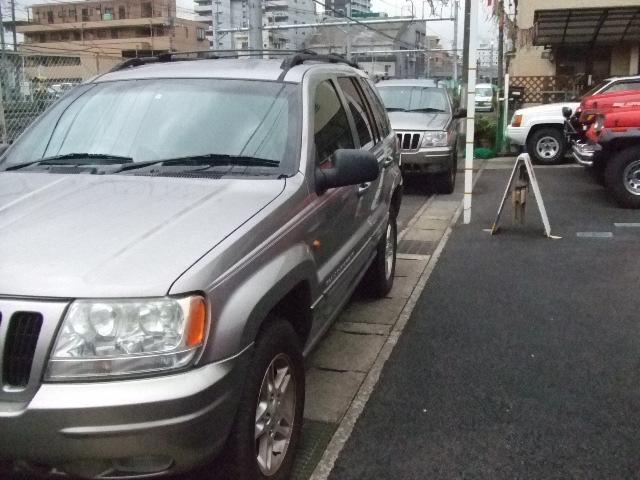 グランド チェロキー  修理 メンテナンス 車検 お預かり^^_b0123820_11435814.jpg