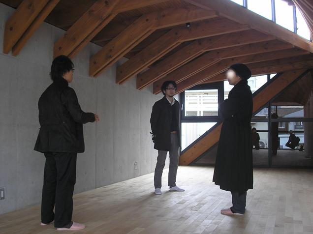 見学会。建築家志柿敦啓さん設計の店舗建築。_e0051760_14433314.jpg