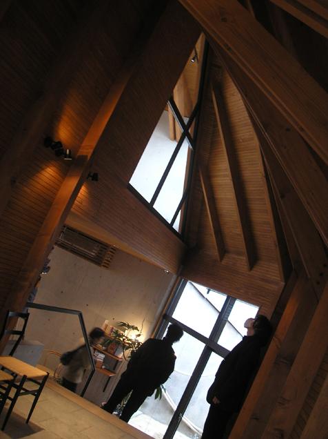 見学会。建築家志柿敦啓さん設計の店舗建築。_e0051760_14434674.jpg