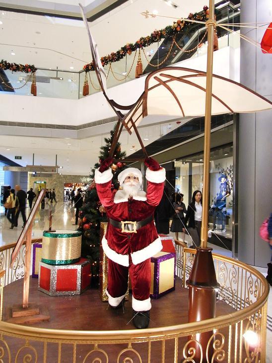 クリスマスイルミネーション2_e0155771_1533739.jpg