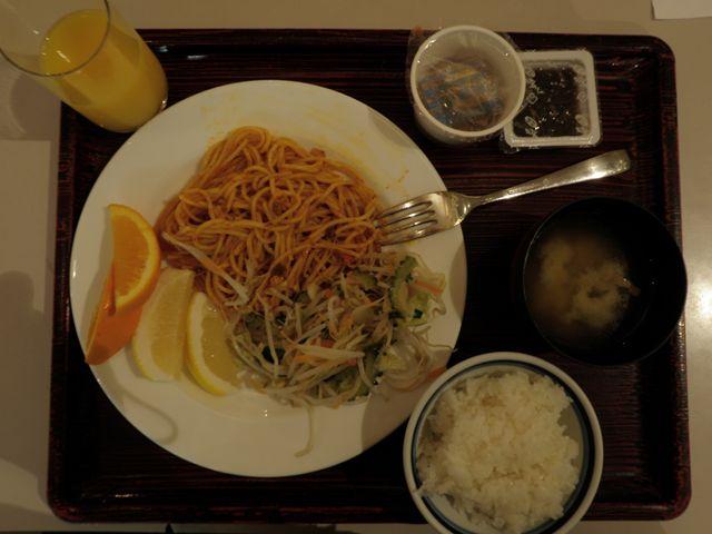 よく食べ、よく飲んだNAHAマラソン2009 グルメ編_d0122797_2244763.jpg