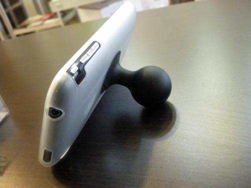 iPhone、iPodが立てられる!立ててよし、持ってよし、タップよし。タテもヨコも角度も自由自在!!_b0125570_13514657.jpg