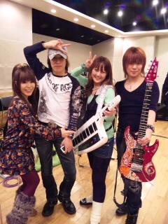今日は渋谷AXで_e0146185_93265.jpg