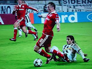 ユベントス×バイエルン・ミュンヘン UEFAチャンピオンズリーグ 09-10グループリーグ_c0025217_13495614.jpg