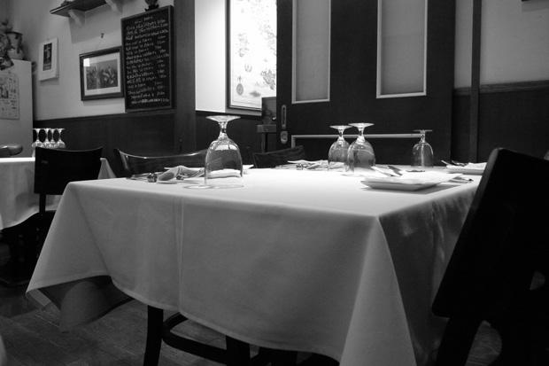 at an Italian restaurant_e0174281_22175594.jpg