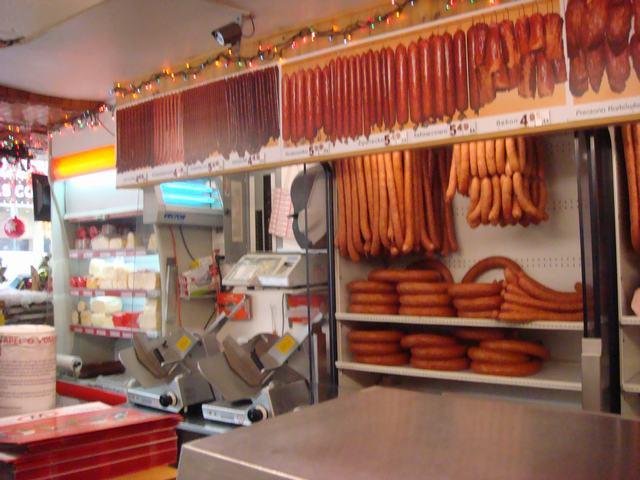 久し振りにポーランド人街で買い物、_d0100880_135127.jpg