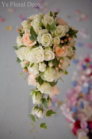 グローブの花飾り、キャスケードブーケ_b0113510_149147.jpg