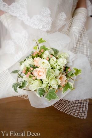 グローブの花飾り、キャスケードブーケ_b0113510_1492444.jpg