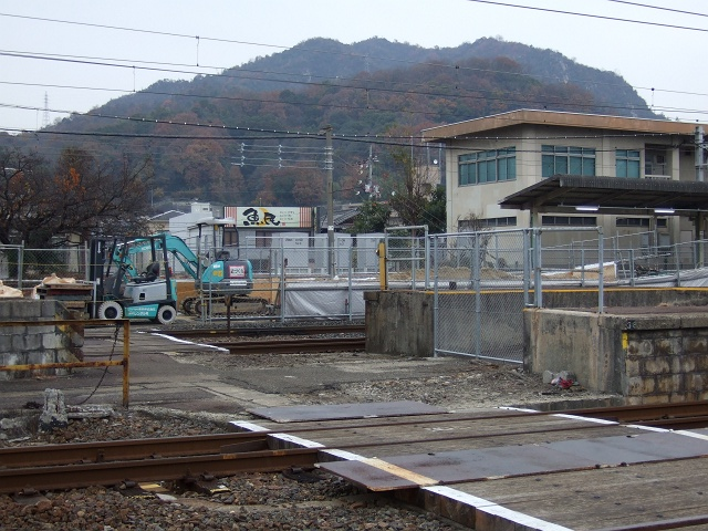 JR海田市駅1番ホーム・バリアフリー化工事_b0095061_951127.jpg