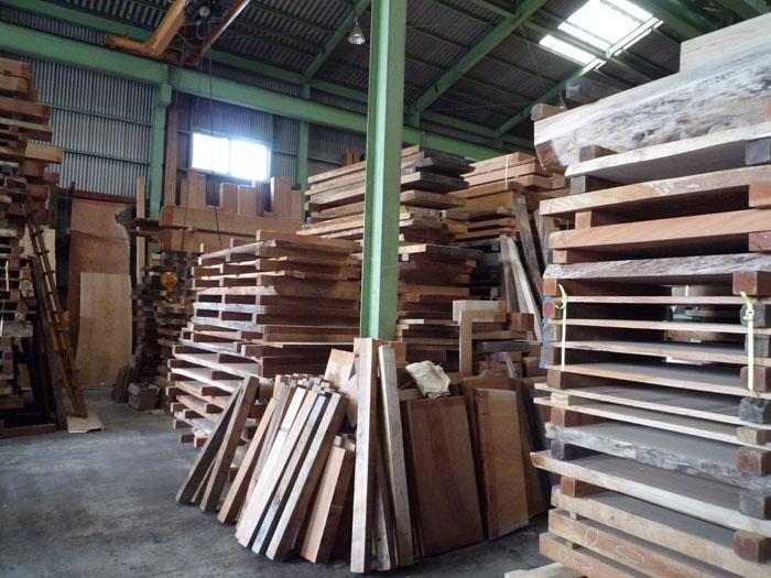 材木屋さんはサイコーです。_d0126473_8555696.jpg