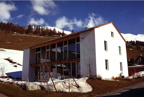 10年前のスイス型パッシブハウス_e0054299_11371540.jpg