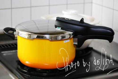 最近のお気に入り・圧力鍋料理_c0131054_17482090.jpg