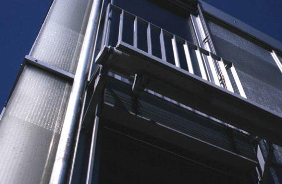 10年間に見たスイスの無暖房住宅_e0054299_1385522.jpg