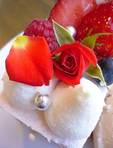 渋谷 L\'OCCITANE Cafe ロクシタンカフェ でサンタさんへのリクエスト最終便の作戦会議です*。☆†_a0053662_23323777.jpg