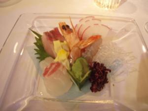 三夜待のお嬢さんの結婚披露宴_a0077071_1728296.jpg